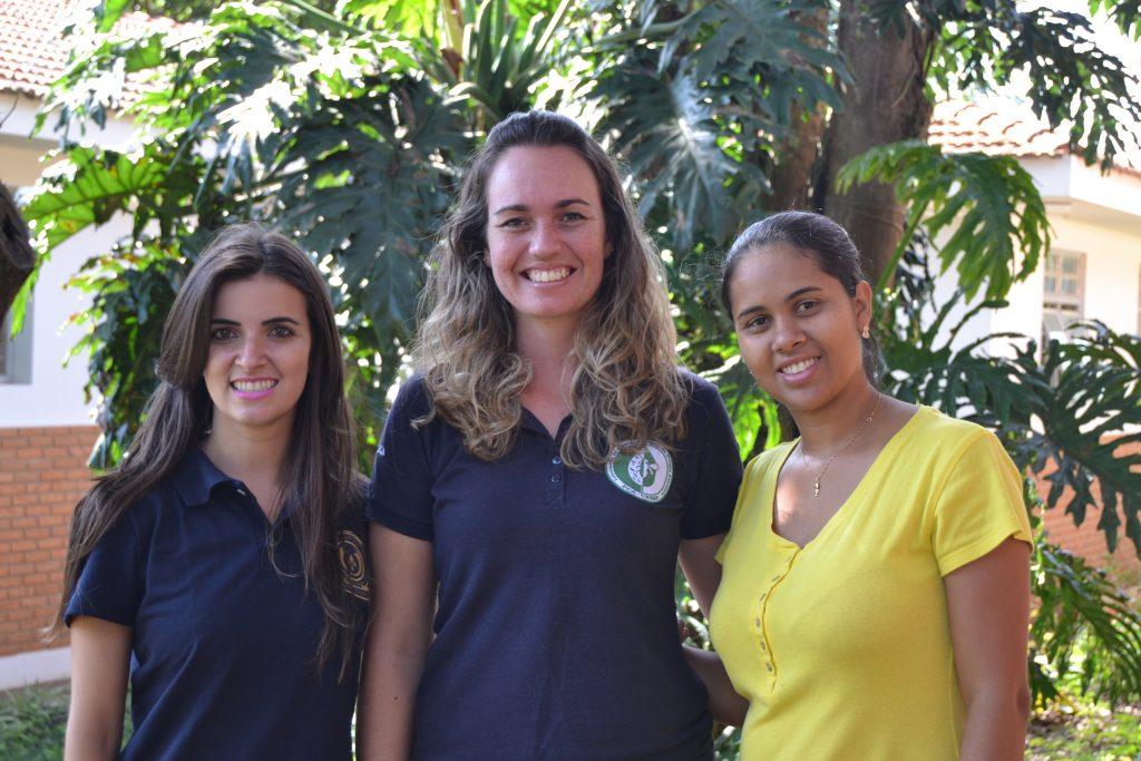 Lab Technicians - Vanessa, Lorena e Fernanda